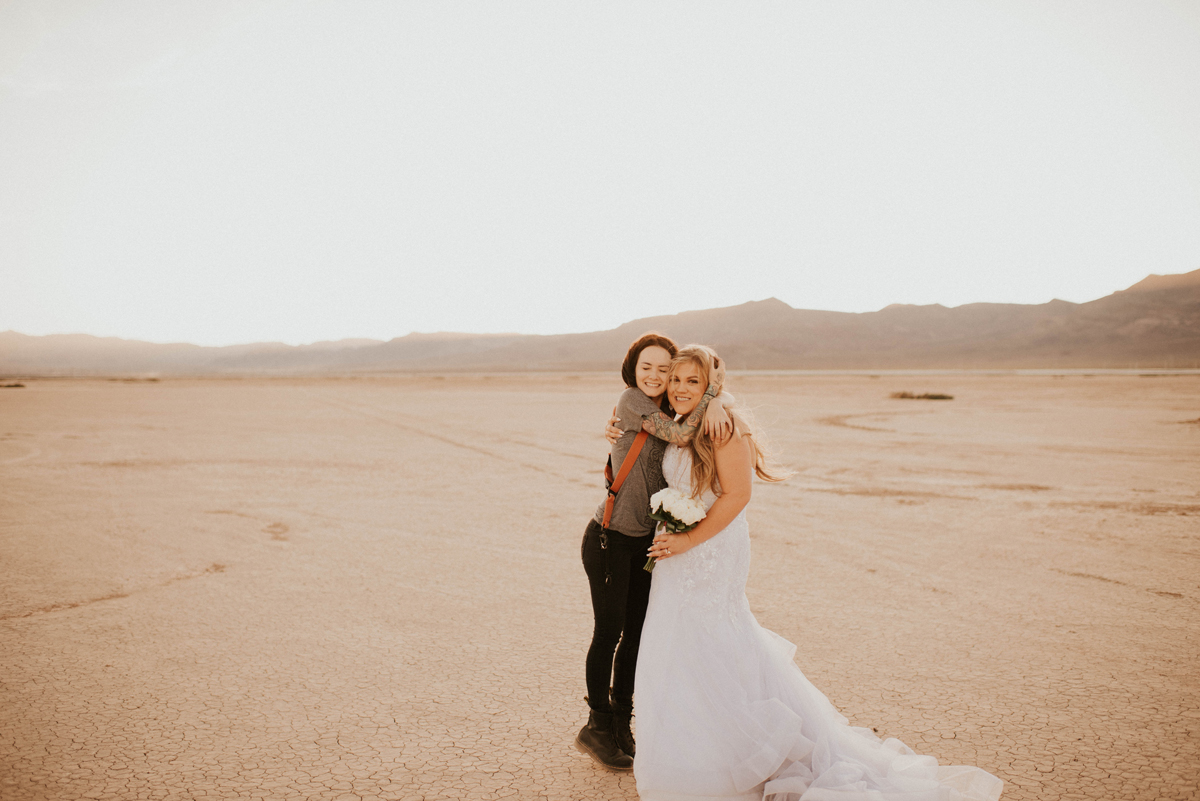 las vegas dry lake bed elopement intimate wedding