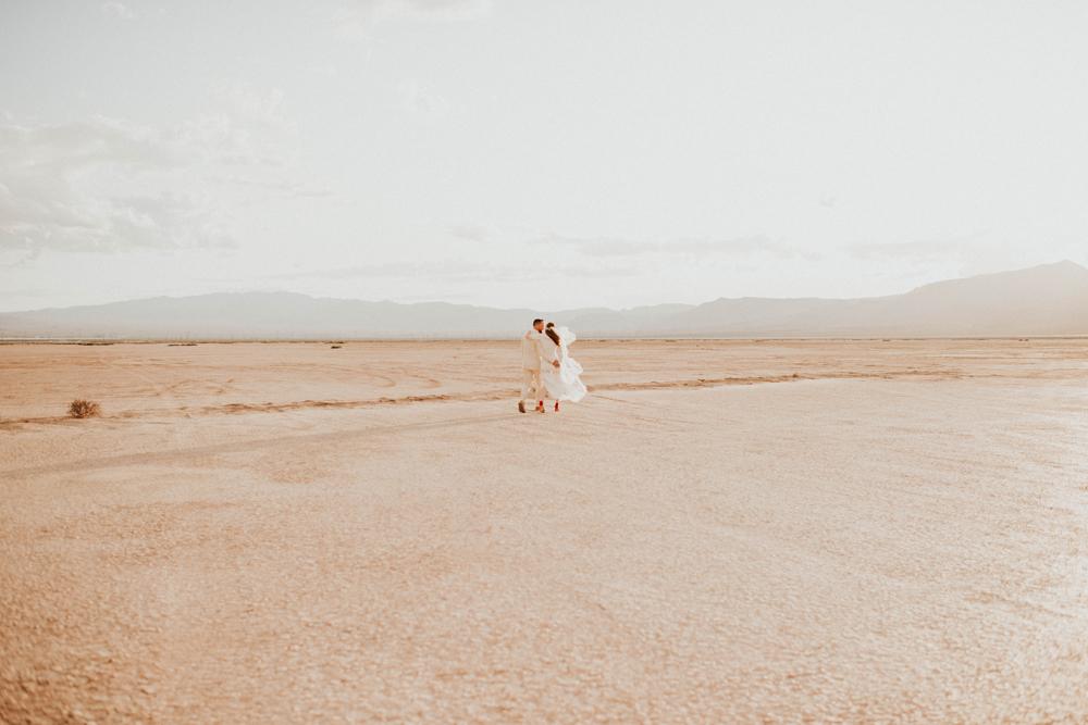 Las Vegas Dry Lake Bed Elopement BoHo